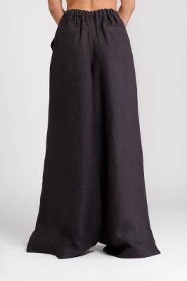 pantalone palazzo nero dietro